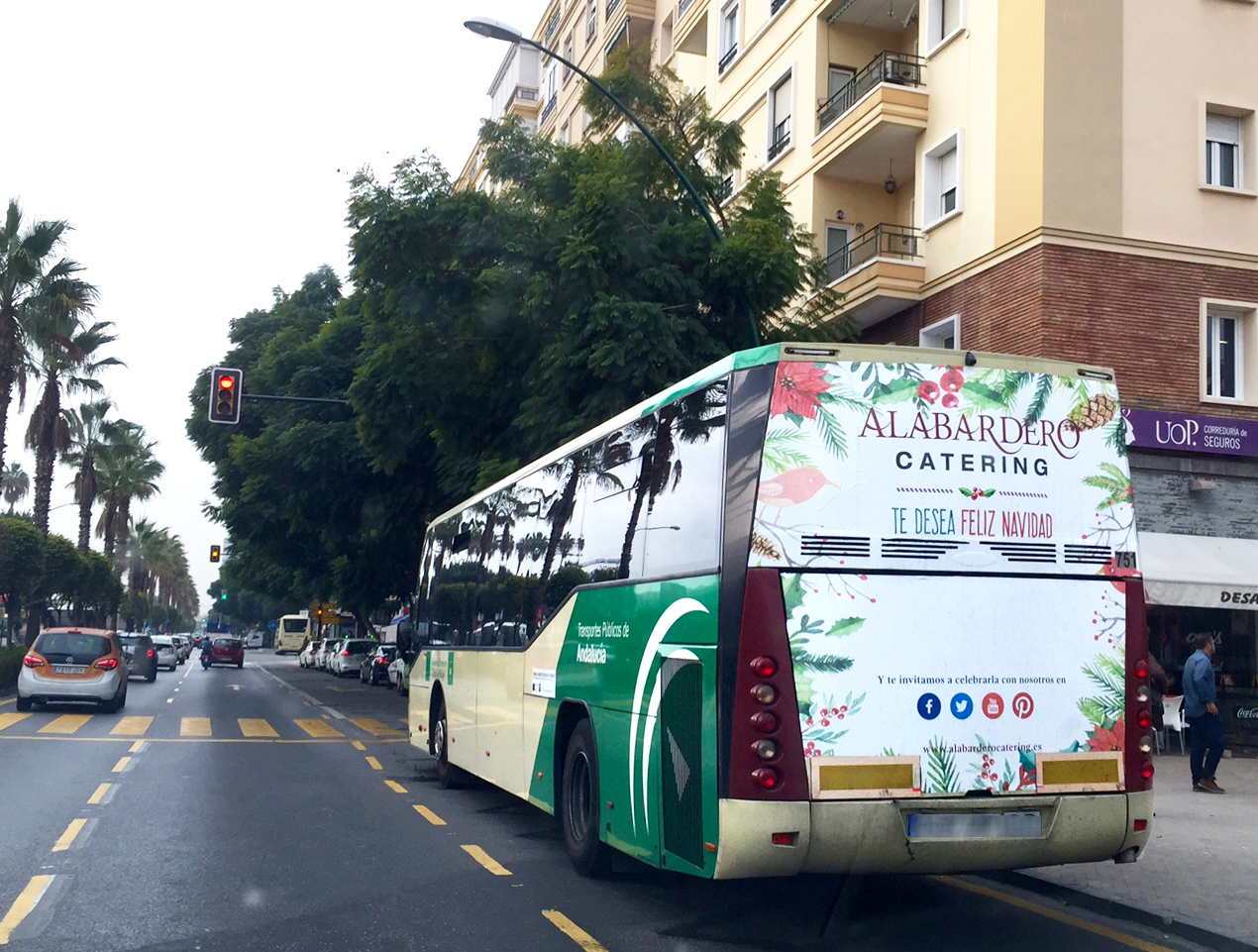Outdoor advertising campaign in buses for Alabardero Catering