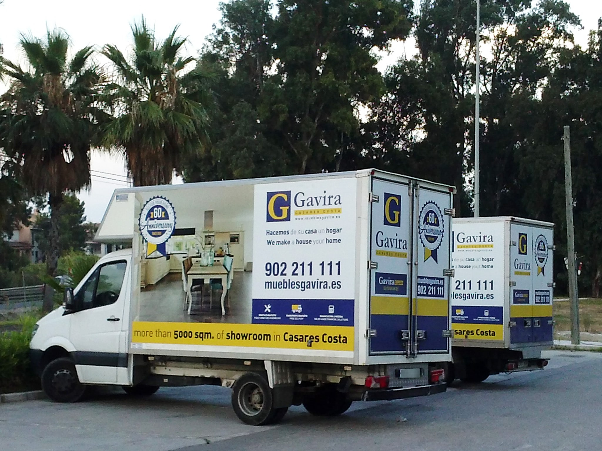 Car wrapping design for muebles gavira advertising and for Muebles gavira