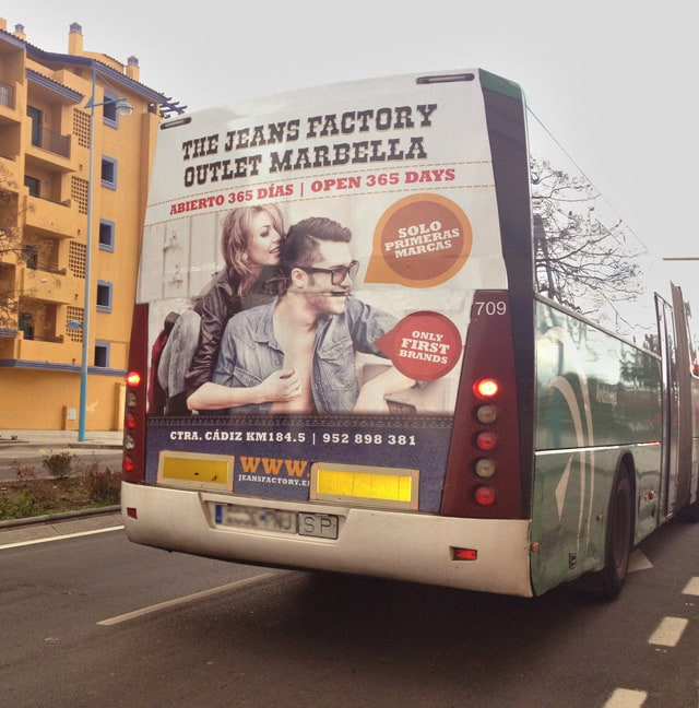 Buses campaign for the jeans factory outlet advertising for Outlet del design