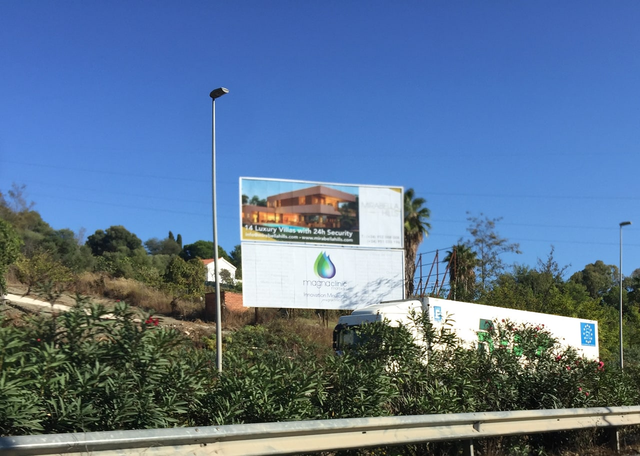 Advertising billboard in Puerto Banús for Magna Clinic